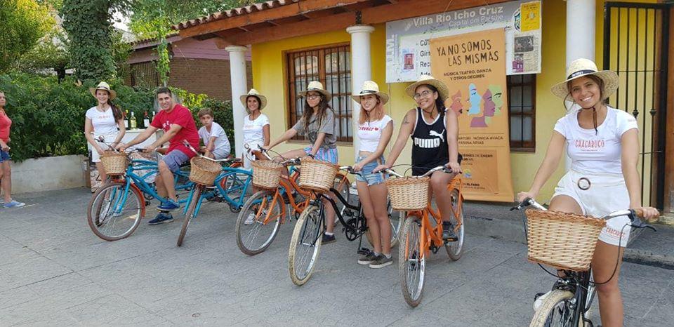 Icho Cruz te presta una bici para dar un paseo