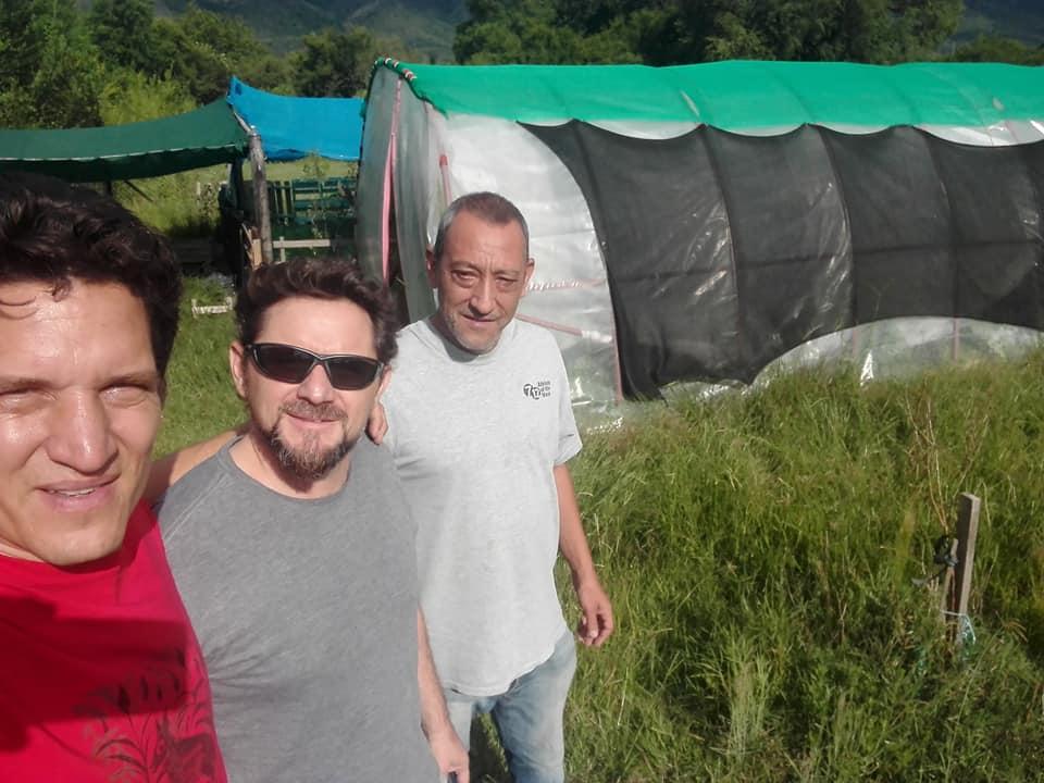 Emilio Iosa sortea árboles frutales en las redes de Carlos Paz Despierta