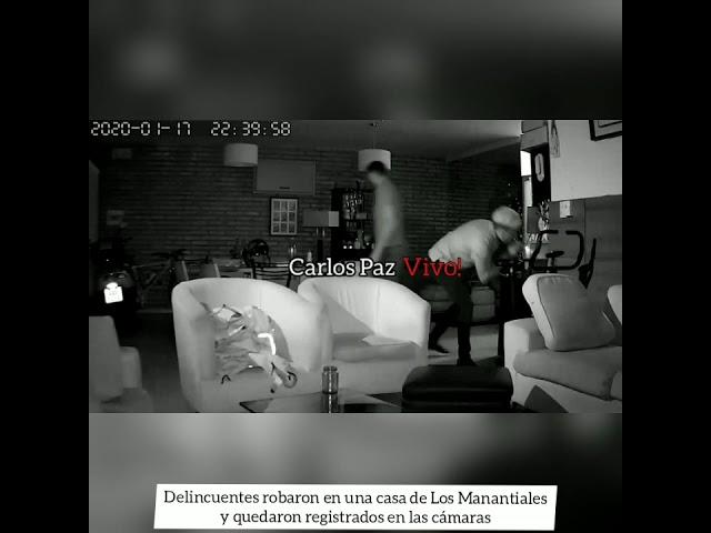 Robaron una casa en Los Manantiales y quedaron registrados por las cámaras