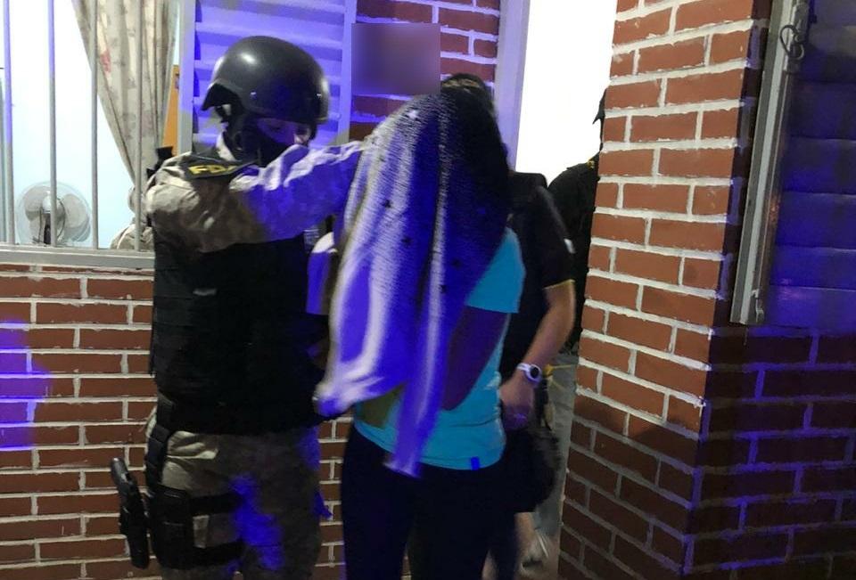 Detuvieron a una joven pareja que vendía drogas en Río Segundo