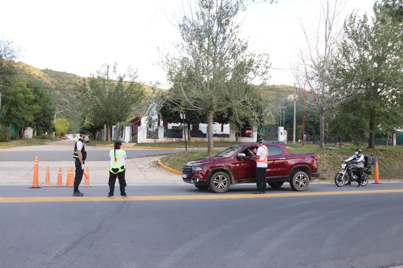 Aislamiento: 20 nuevos detenidos en Punilla. En la provincia ya rozan los 6000