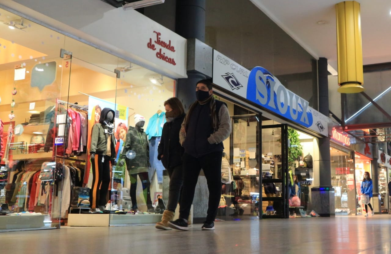 Córdoba: las ventas minoristas cayeron 13,1% en noviembre y suman 33 meses de bajas consecutivas
