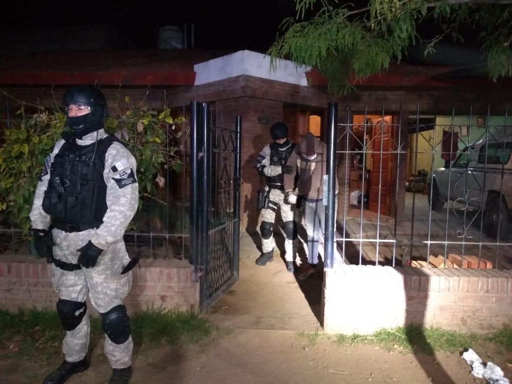 Tras allanamientos en Colonia Caroya y Córdoba, incautaron cocaína de alta pureza