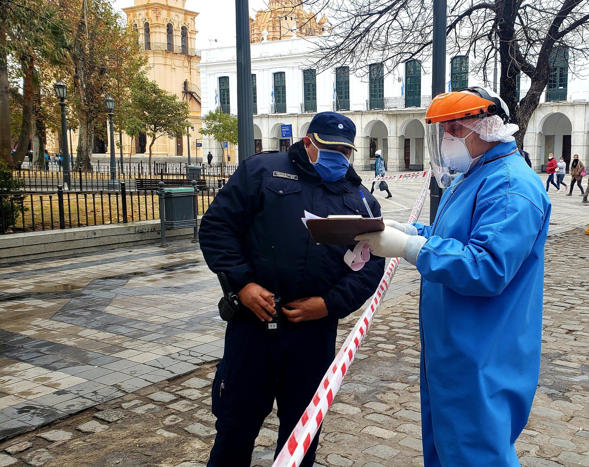 Córdoba: Murió una joven indigente embarazada en la Plaza San Martín