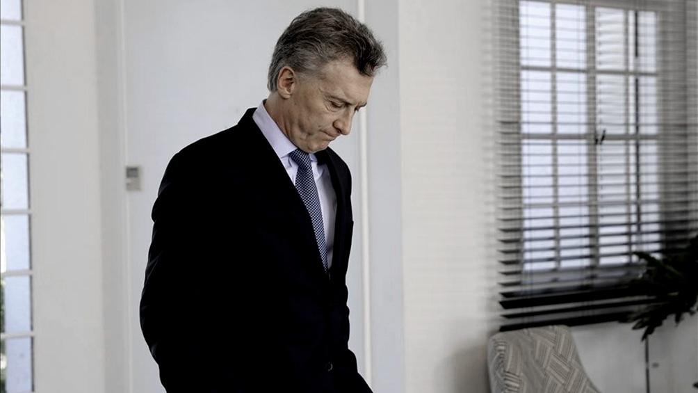 Internaron a Mauricio Macri y le extirparon un tumor benigno
