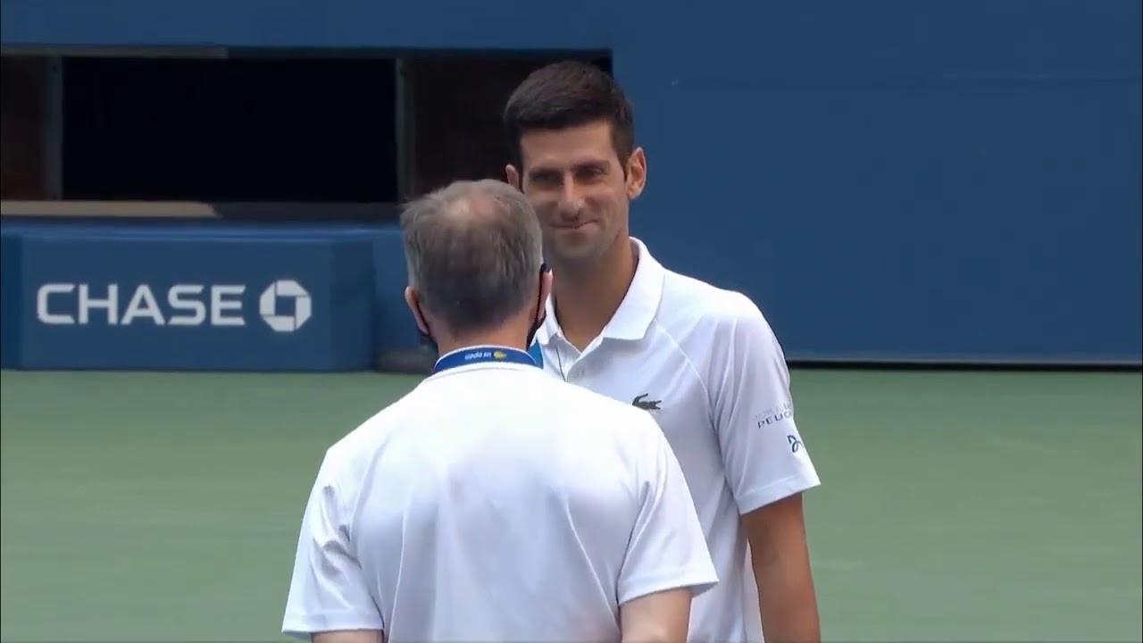 Djokovic Descalificado Por Agredir Con Un Pelotazo A Una Jueza De Linea Carlos Paz Vivo
