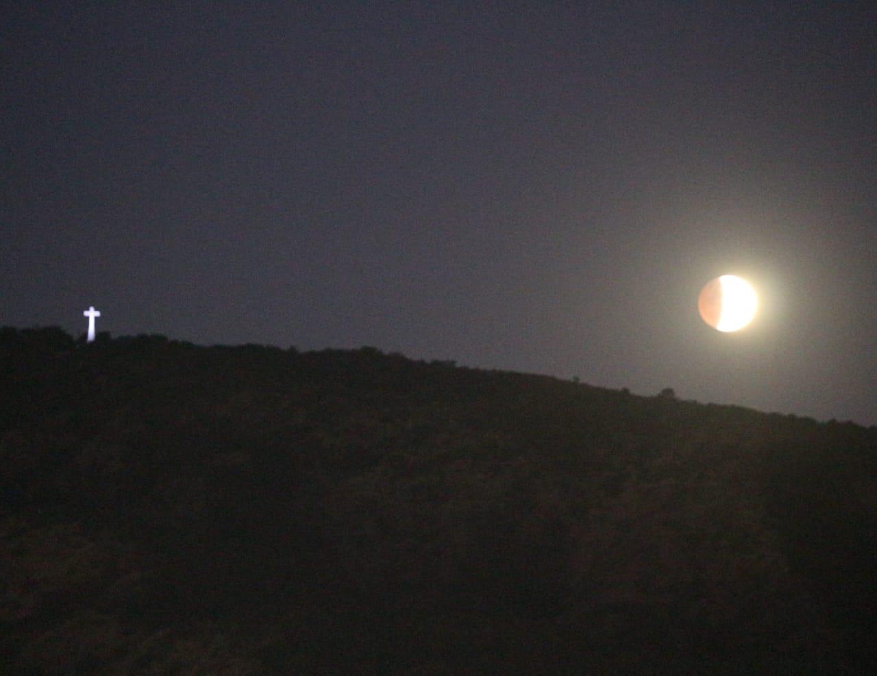 Se viene el último eclipse del año y habrá que madrugar para verlo