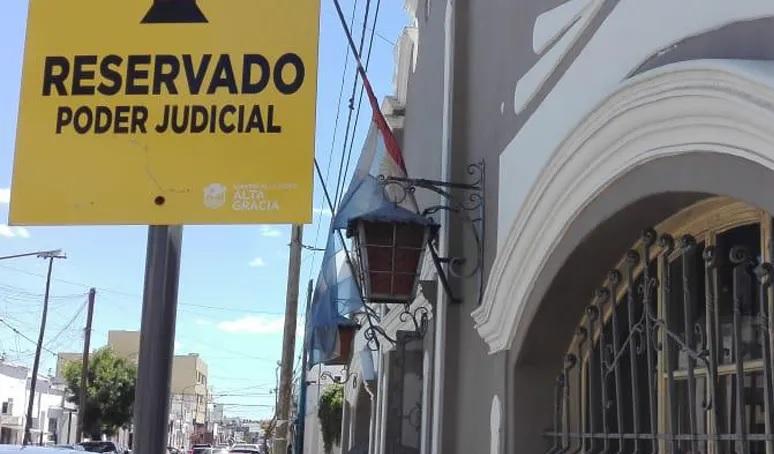 Dos amigos van a juicio acusados de abusar sexualmente de una adolescente en Alta Gracia