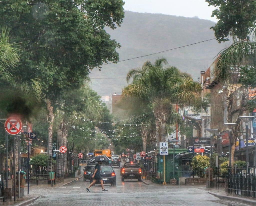 Nuevo chaparrón por la tarde del sábado en Carlos Paz y el Valle de Punilla
