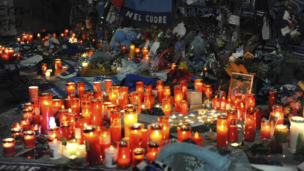 Nápoles fue un inmenso altar para despedir a Diego