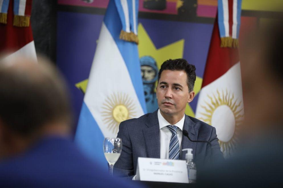 Calvo cruzó al Gobierno nacional por el cierre de la exportación de carne