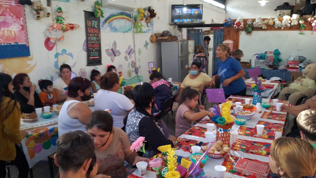 Carlos Paz: Notable aumento de la cantidad de niños y familias que asisten a los merenderos