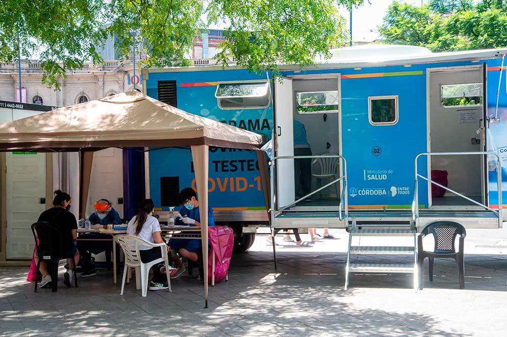 Córdoba y otro récord de contagios al igual que en Nación y Carlos Paz