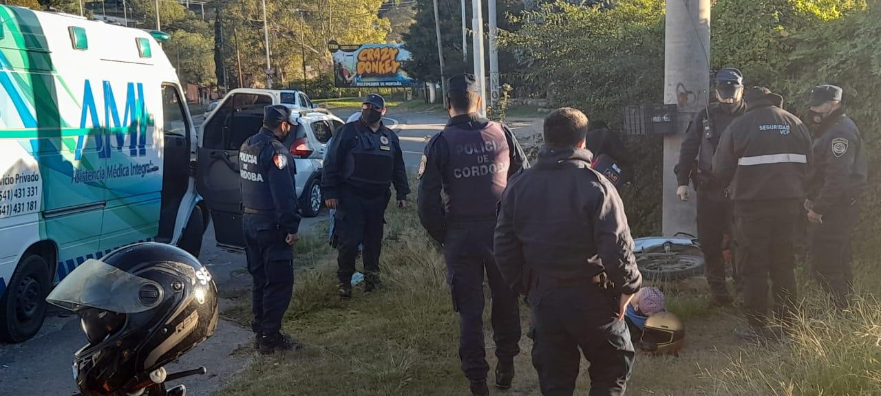 Otra moto accidentada: Dos menores heridos por la mala maniobra de un auto