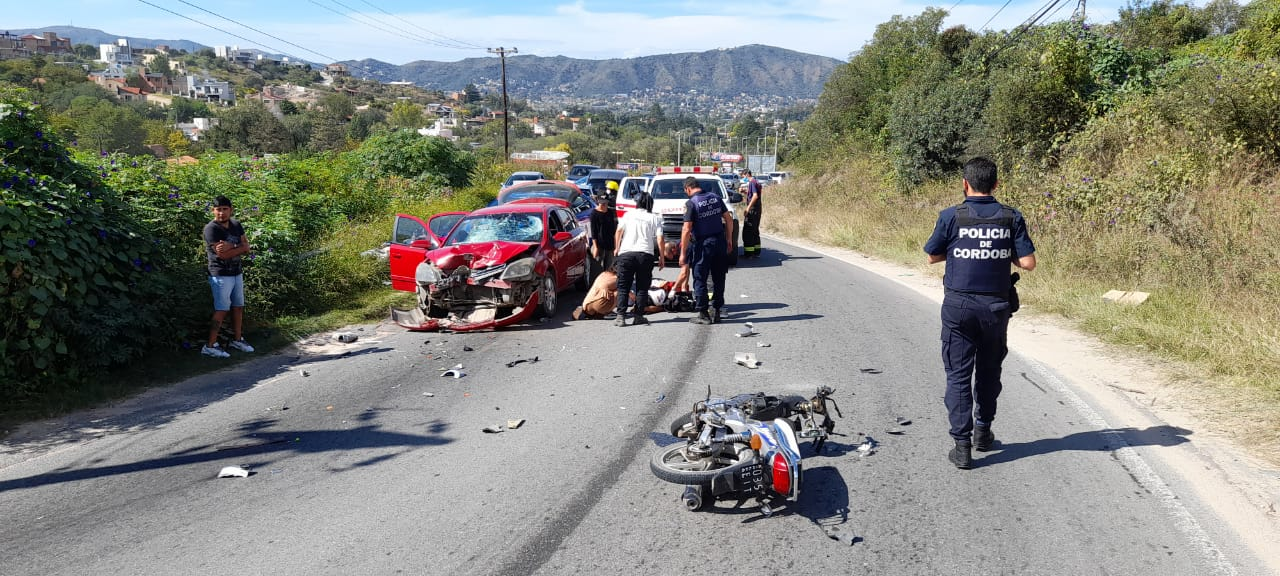 Murió el joven motociclista que chocó en los Cortes de Furt