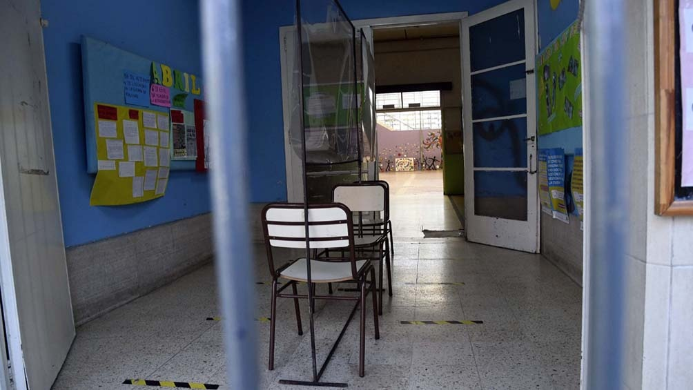 Un estudio asegura que cerrar escuelas es la segunda medida más eficaz para reducir contagios