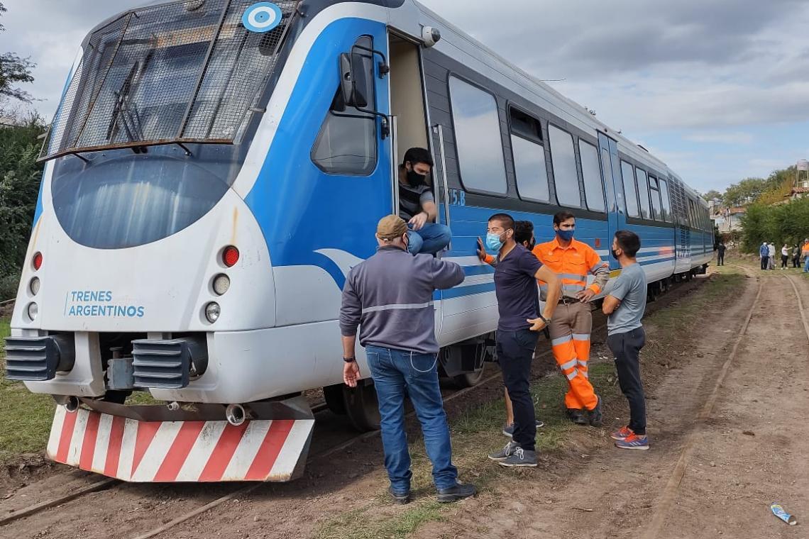 Llegó con éxito la primera formación del Tren de las Sierras a Valle Hermoso