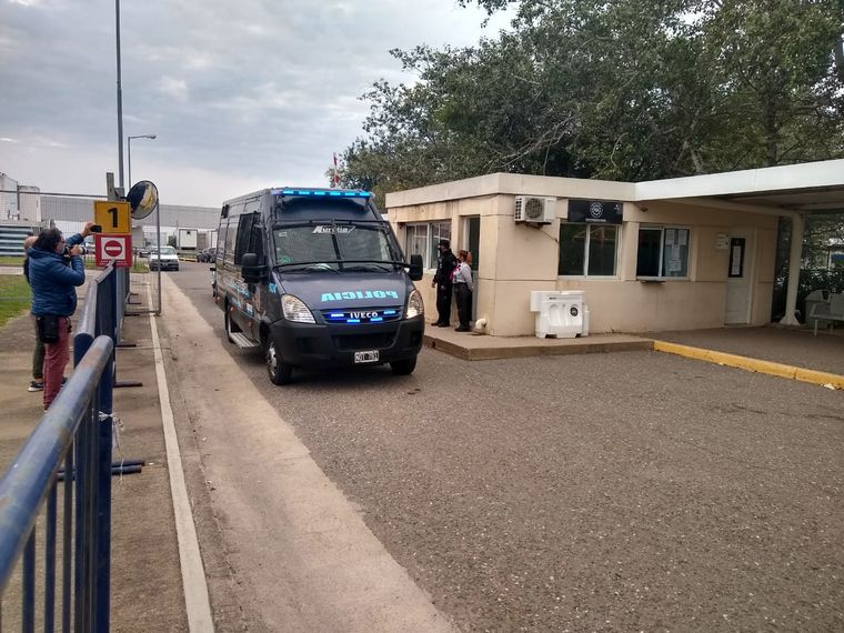 "Narcoescándalo: Escoltado por la Interpol, llegó a Córdoba ""El Francés"" Viarnes"