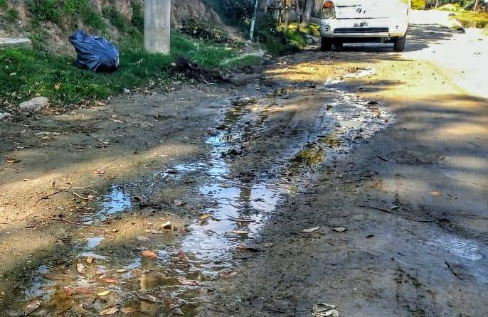 Vecinos de Villa del Río hicieron 86 denuncias por volcamiento de líquidos cloacales