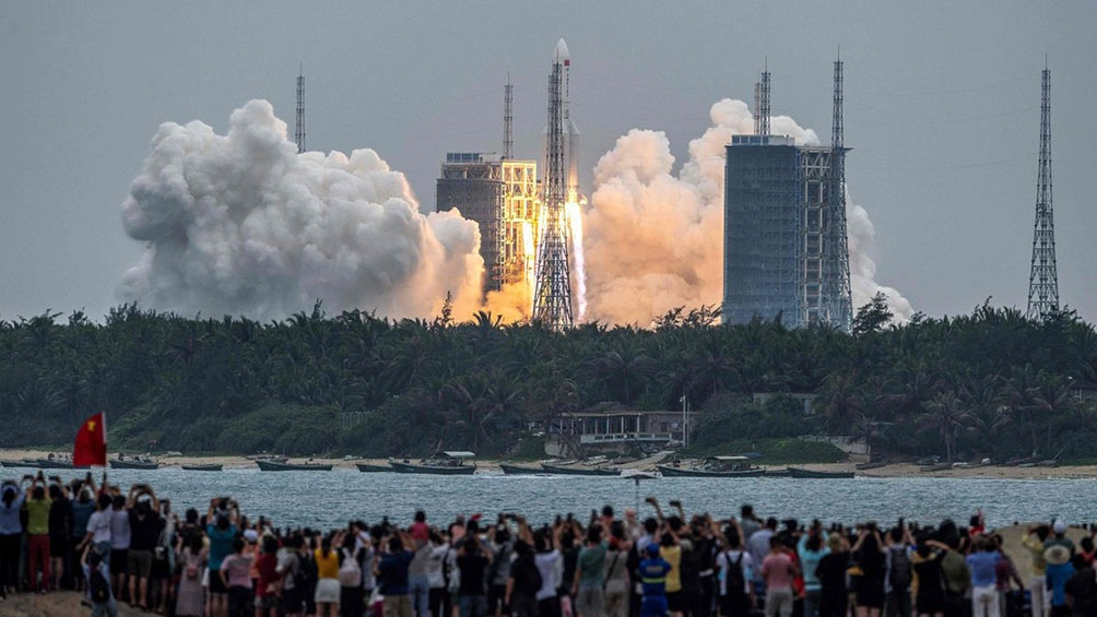 El cohete chino fuera de control caerá en las próximas horas sobre la Tierra