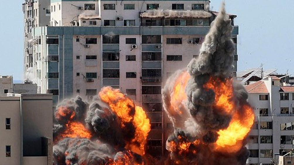 Israel destruyó en Gaza un edificio donde funcionaban medios de prensa internacionales