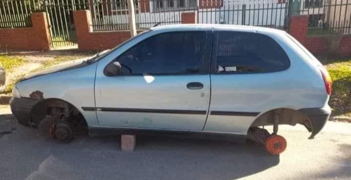 Los roba ruedas también atacan en La Falda