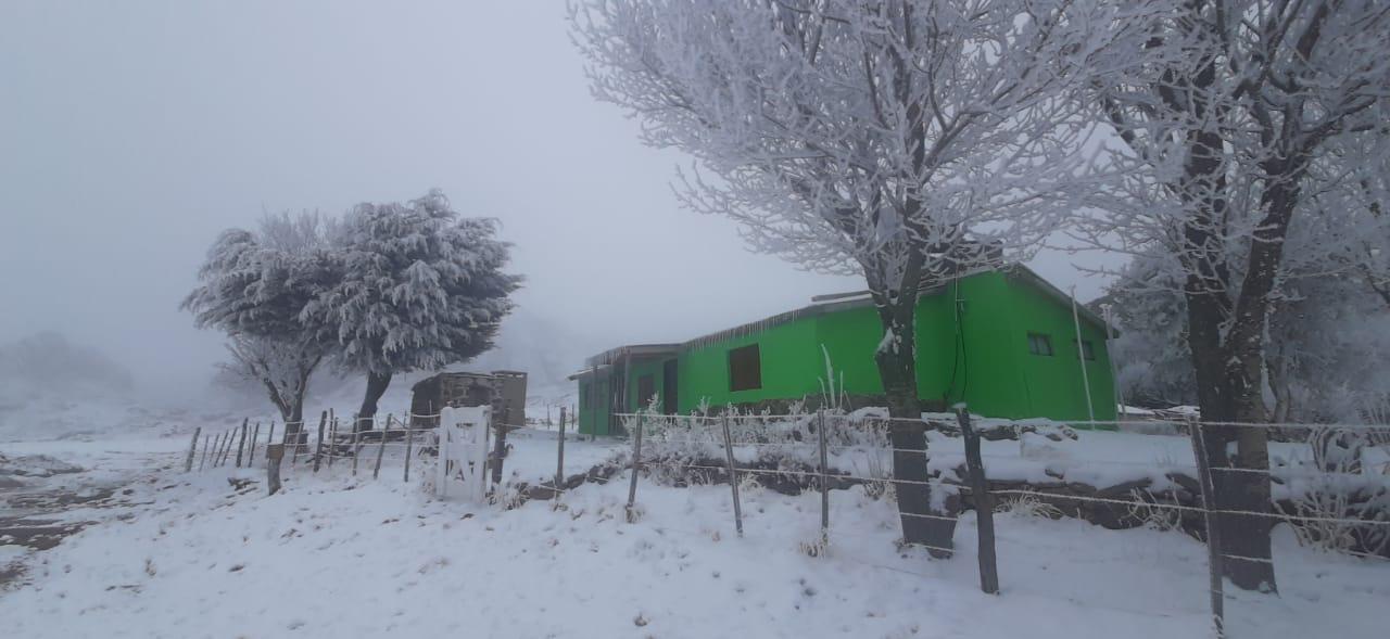 A 10 grados bajo cero: Cómo vive una familia en Pampa de Achala