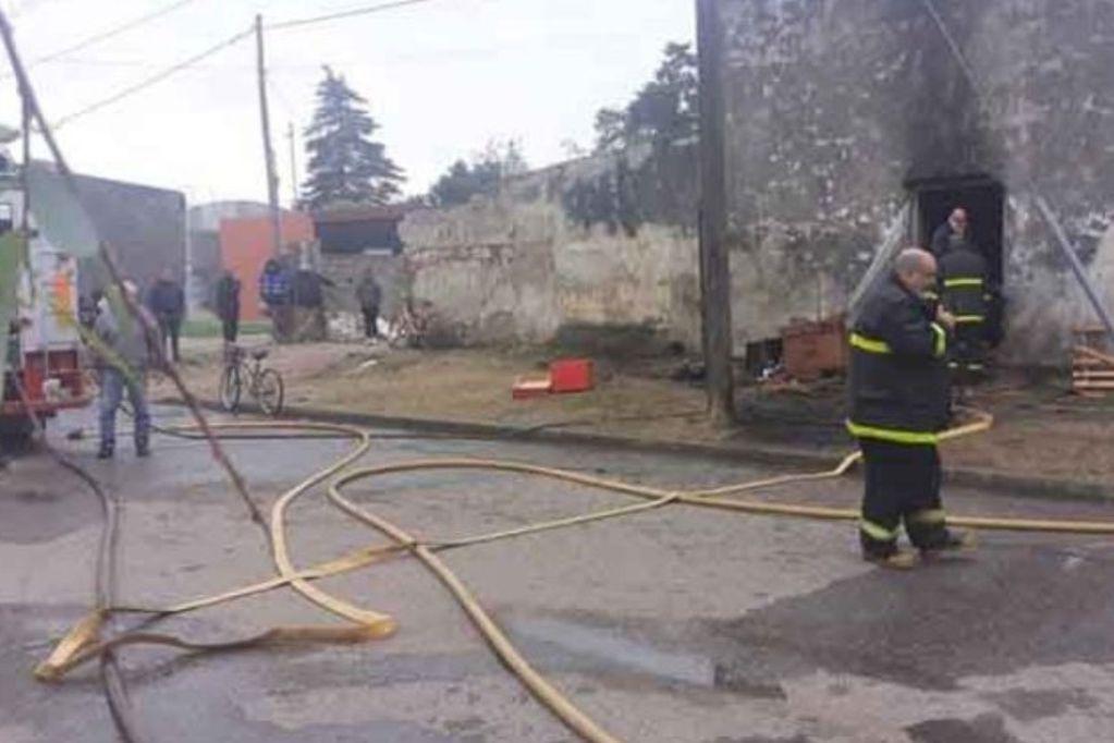 Incendio trágico: Murió un bebé de 11 meses al incendiarse una casa en el sur cordobés