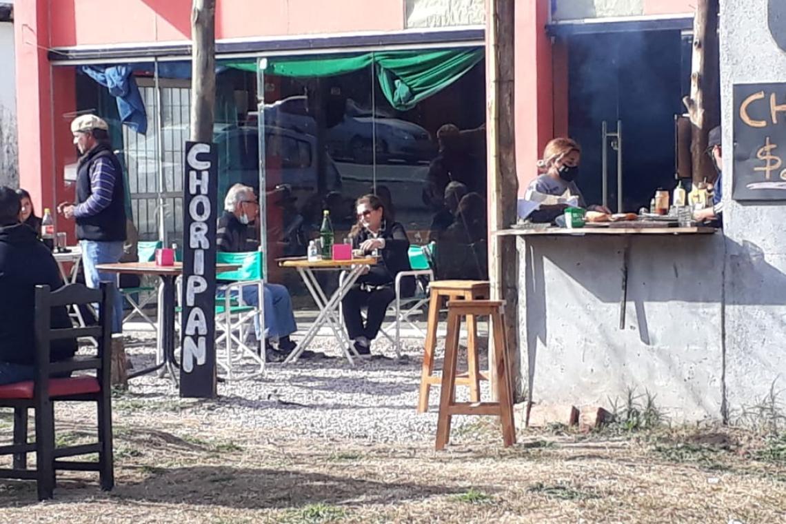 """""""Pelaron la parrilla"""": Ladrones vaciaron un local gastronómico de Huerta Grande"""