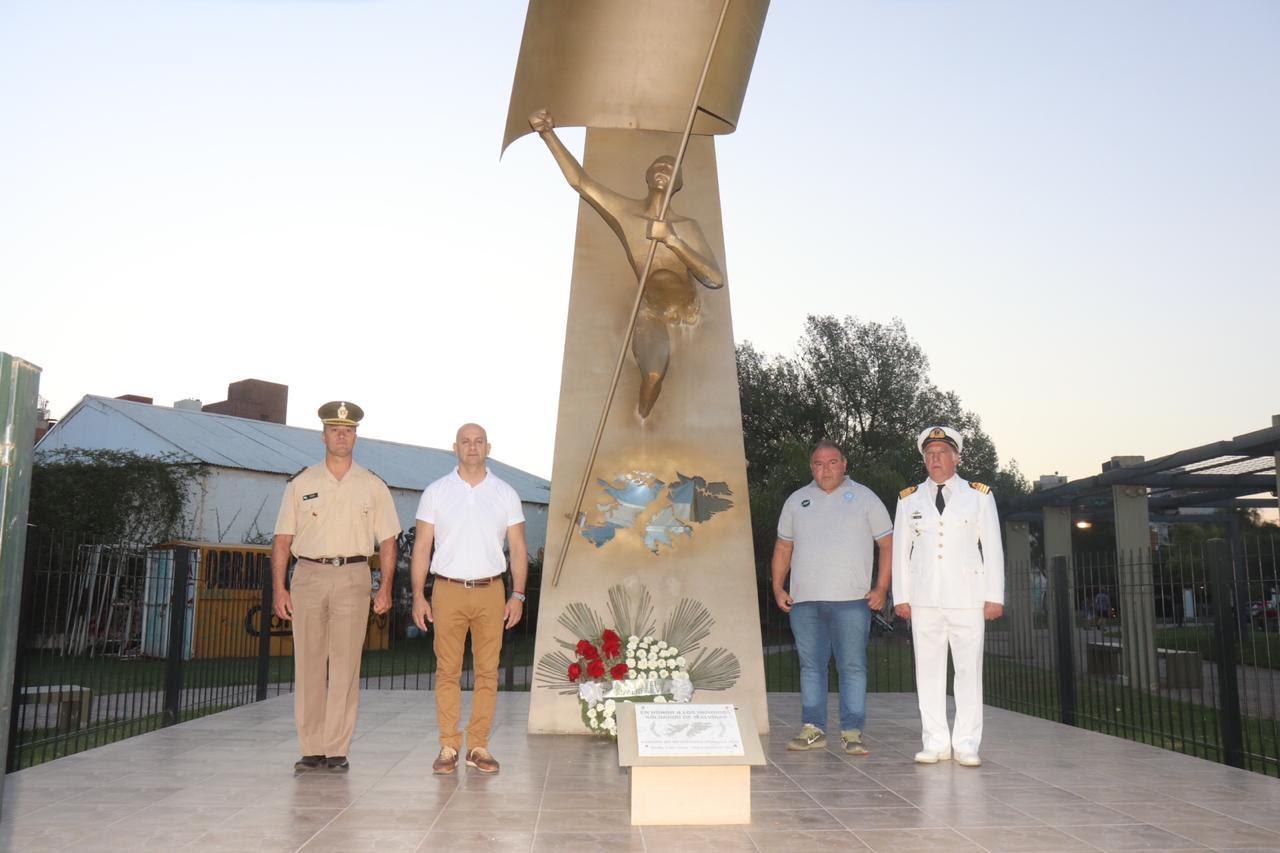 Homenaje a los caídos en Malvinas en el Día de la Soberanía